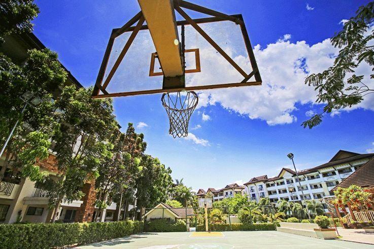 Condominium One Oasis Ortigas in Pasig