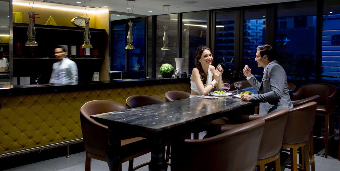 Condominium Knightsbridge Residences in Makati