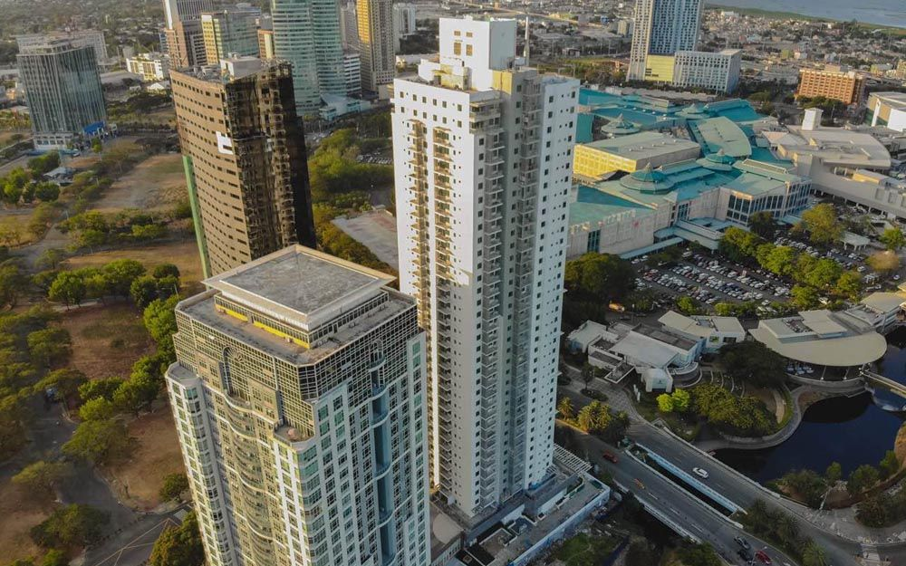 Briston At Parkway Place in Muntinlupa