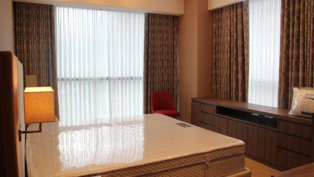 Condominium 3 Bedroom Unit in Mandaluyong