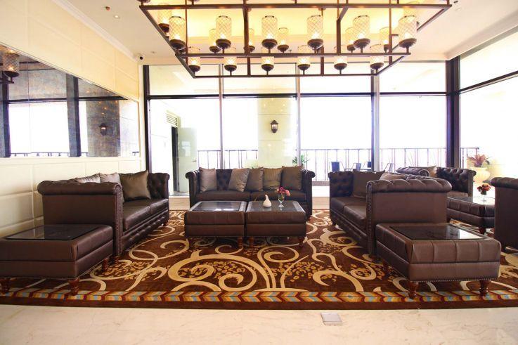 Condominium Admiral Baysuites in Manila