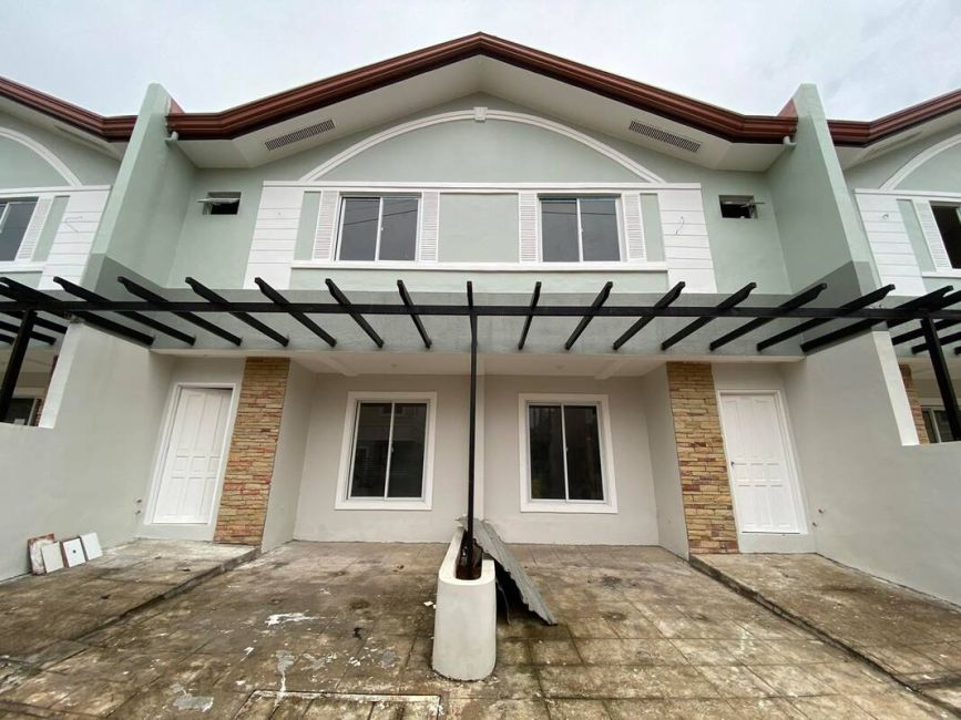 Townhouse Townhouse for sale at Summerfield San Roque Hills in Antipolo, Rizal in Antipolo