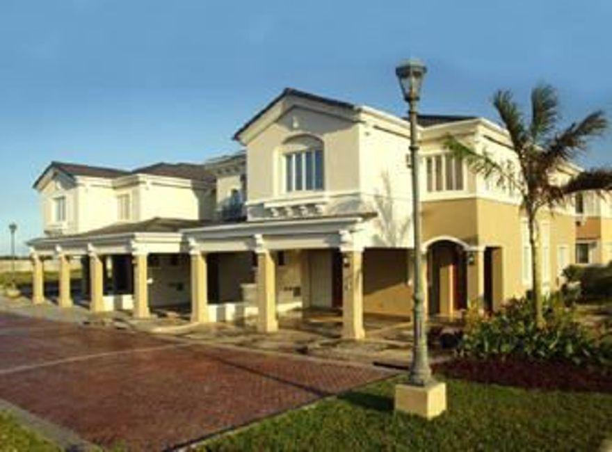 Townhouse Residential Lot at Woodmore Spring  in Brentville International Mamplasan, Biñan in Biñan