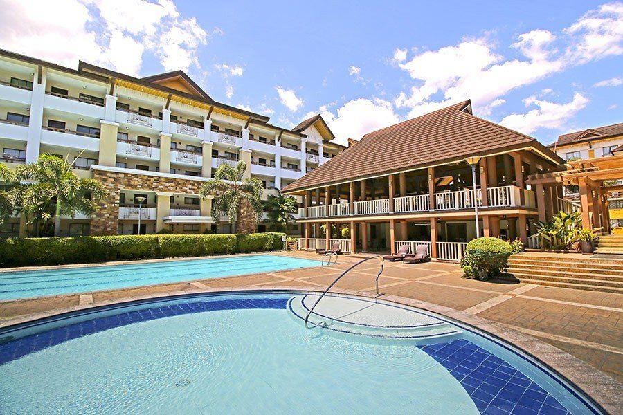 Condominium 2 Bedroom Unit in One Oasis Ortigas in Pasig