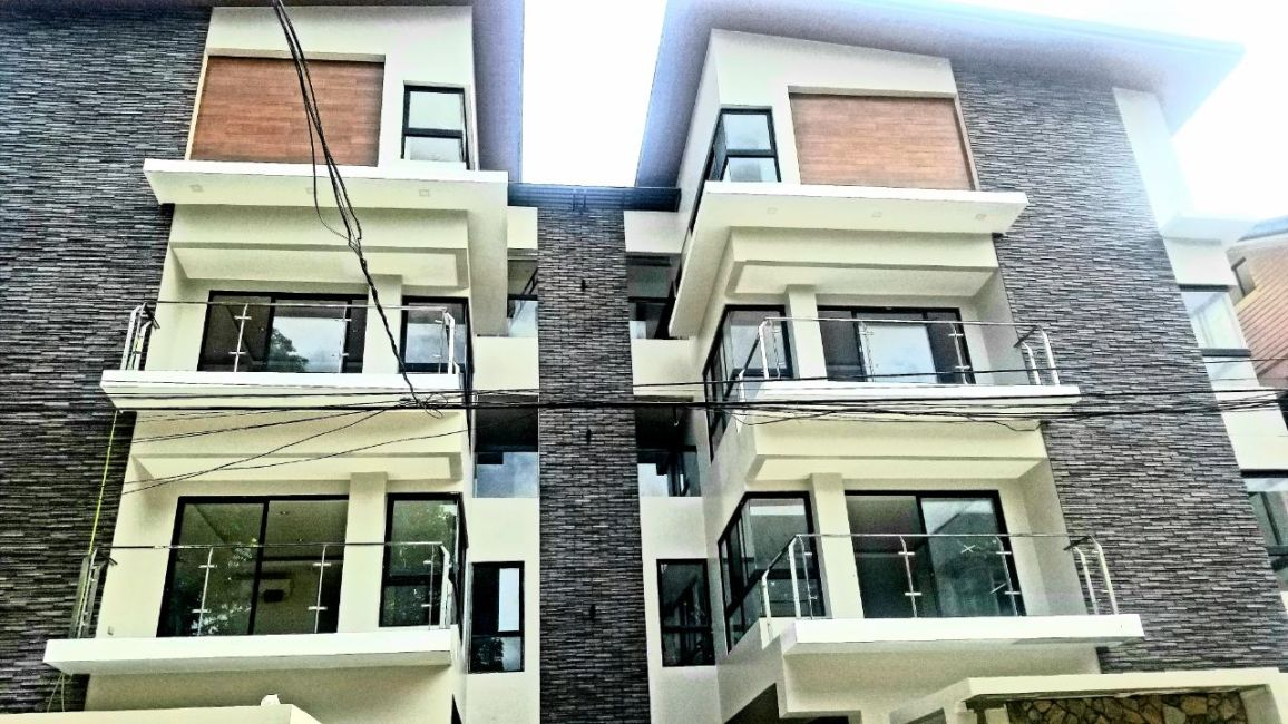 Townhouse Ideal Townhouse in Mandaluyong