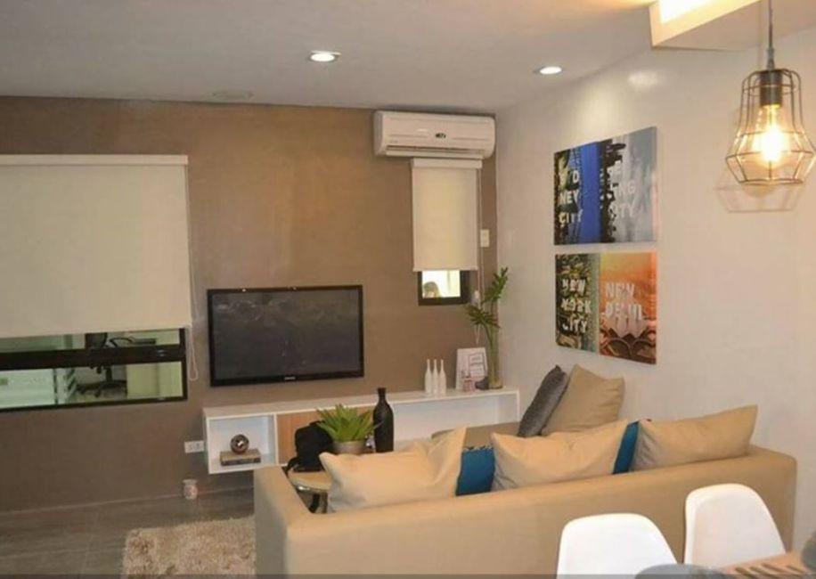 Condominium 2 Bedroom Unit - Valenza Mansions in Santa Rosa
