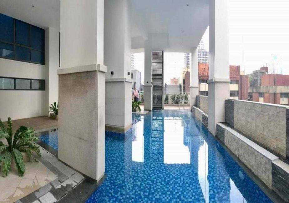 Condominium Studio Unit in Greenbelt Hamilton in Makati
