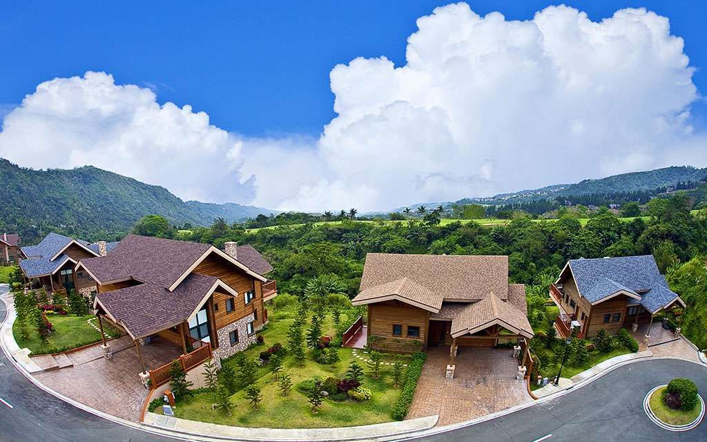 House and Lot Woodlands Point in Tagaytay